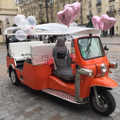 tuktuk ready for the wedding