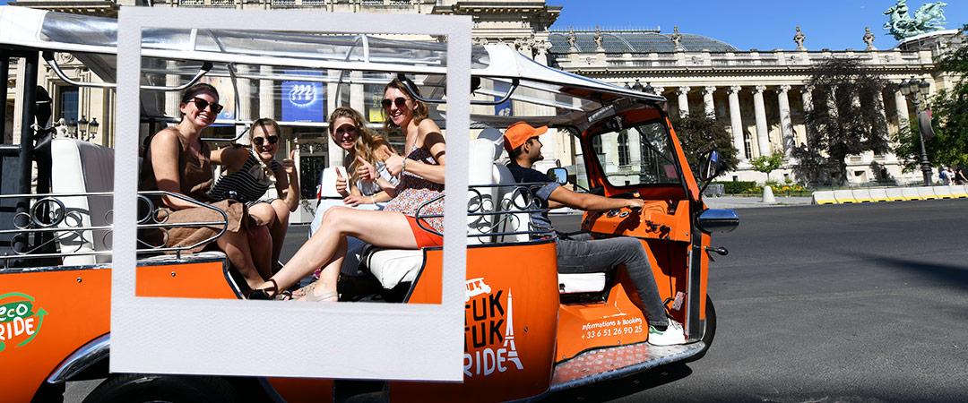 tours insolite Paris tuktuk
