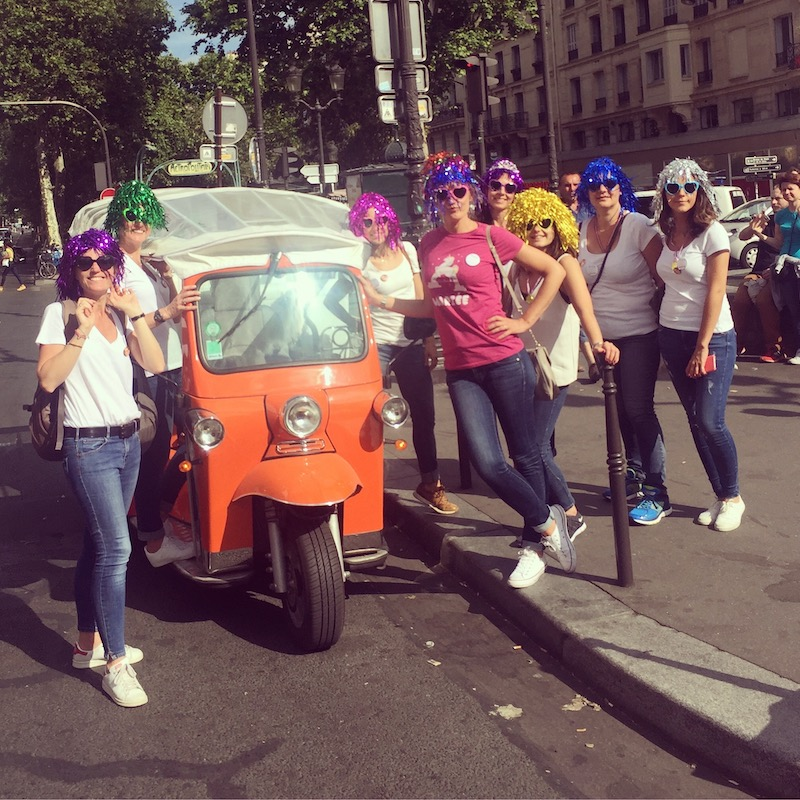 evjf déguisement paris tuktuk